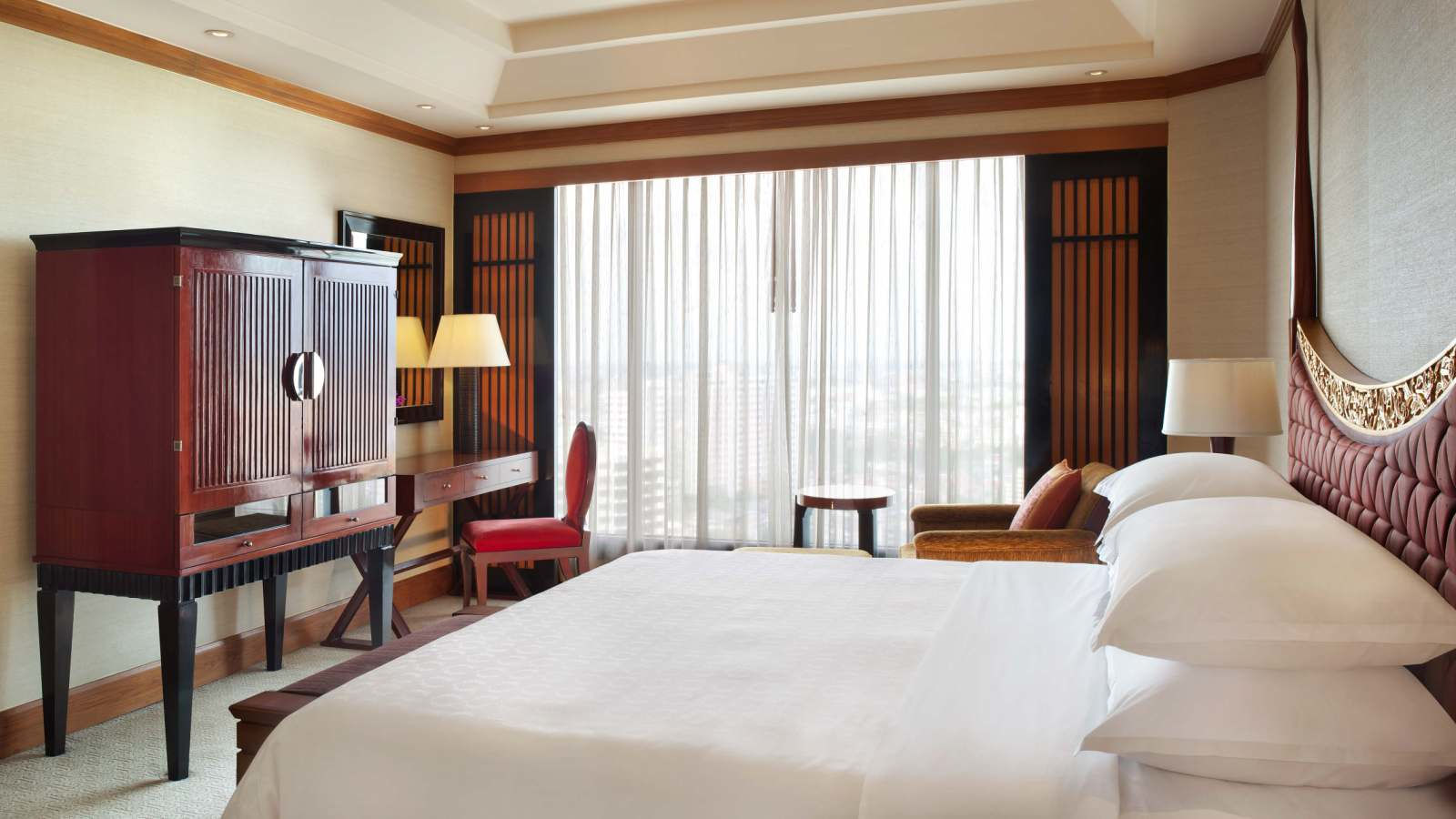 Club Executive Riverview Suite - Royal Orchid Sheraton Hotel Bangkok