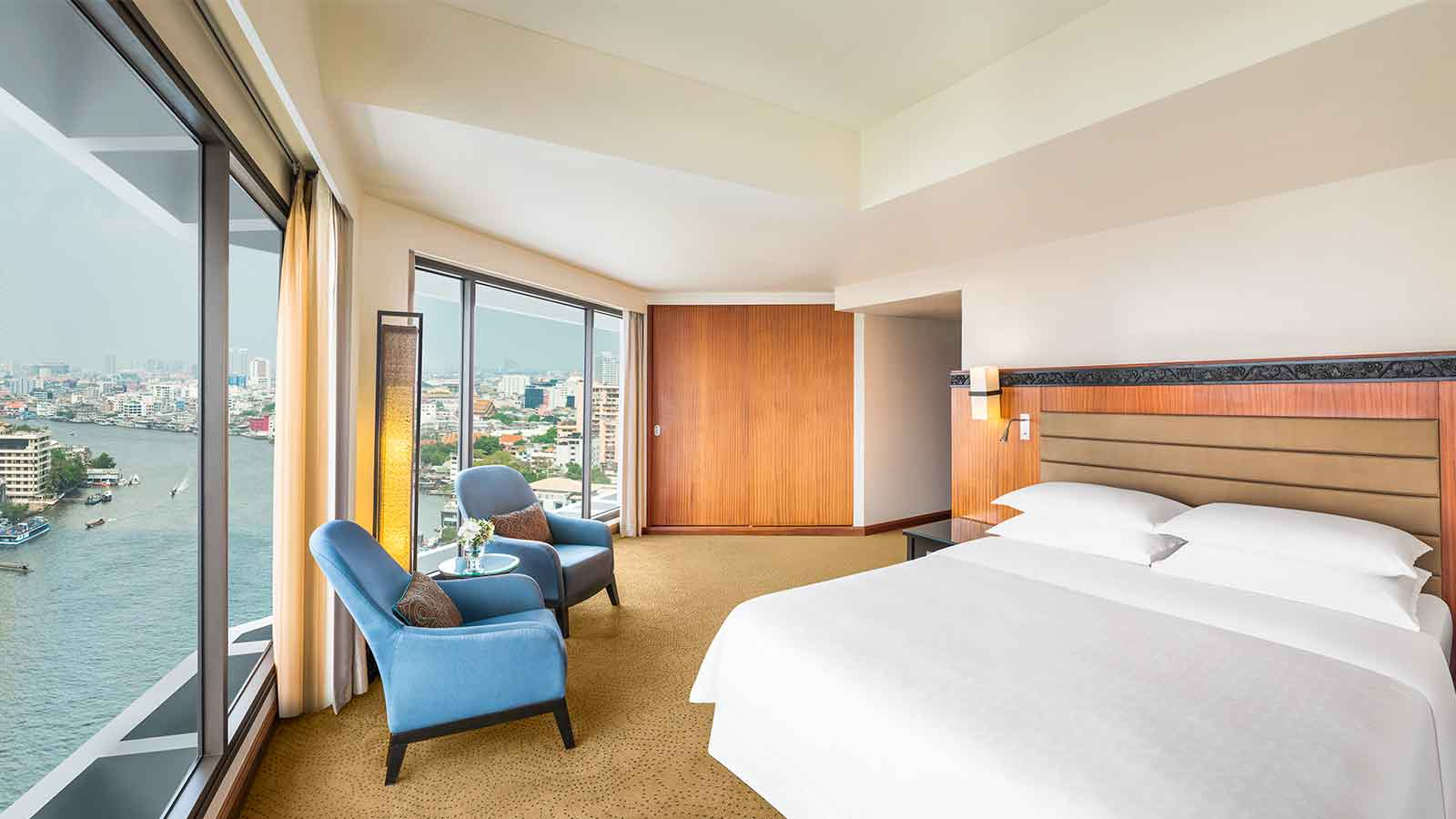 Executive Riverview Room - Royal Orchid Sheraton Hotel Bangkok