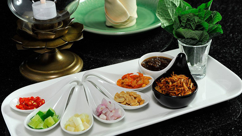 Thai Tapas at Thara Thong Thai restaurant Bangkok