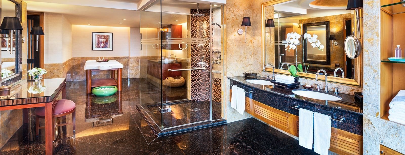 Royal Orchid Presidential Suite - Bathroom - Royal Orchid Sheraton Hotel Bangkok