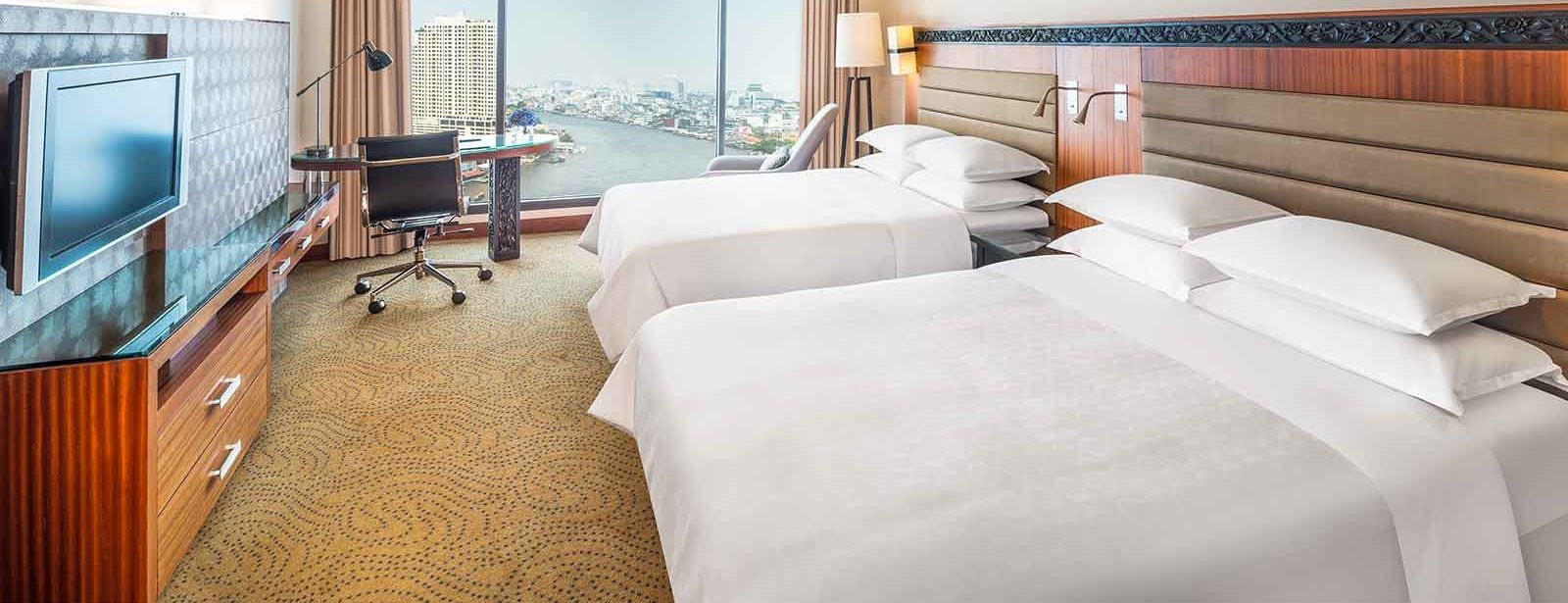 Deluxe Riverview Room - Double - Royal Orchid Sheraton Hotel Bangkok