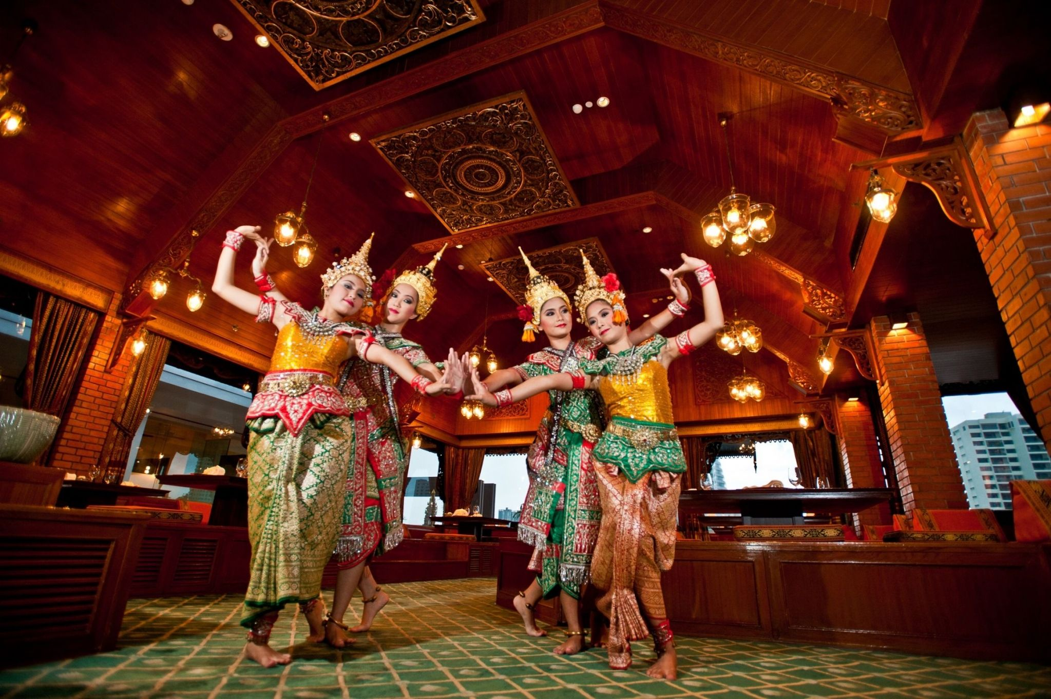 Thara Thong Brings the Magic of Thai Culture Right Up to Your Table - Royal Orchid Sheraton Hotel & Towers