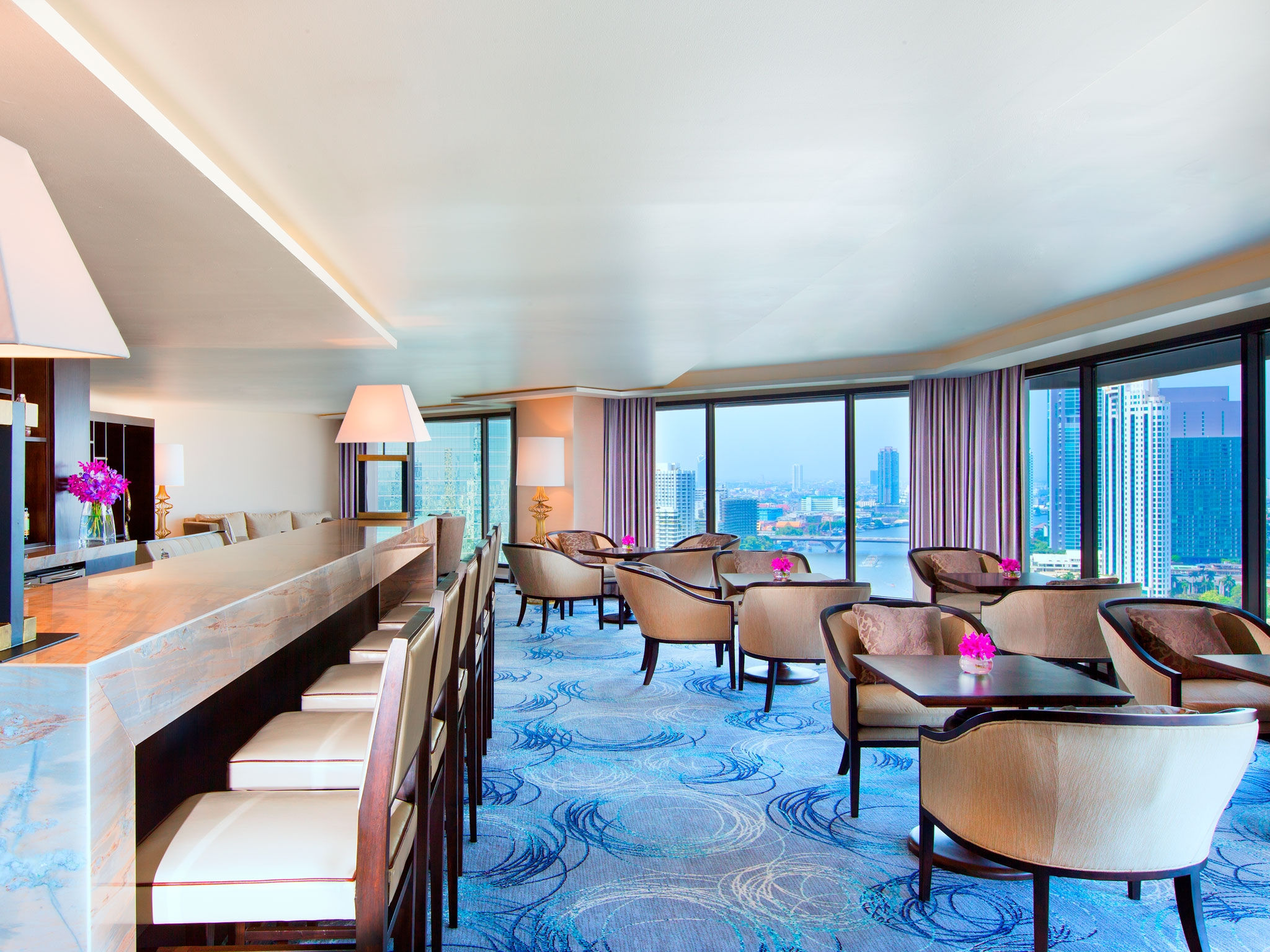 Sheraton Club at Royal Orchid Sheraton Hotel Bangkok